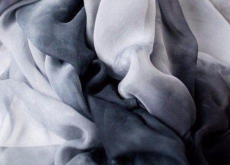 stoffe di varie tonalità di grigio