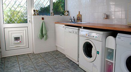 Household appliance repair