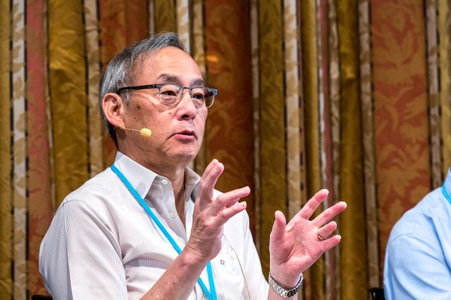 Steven Chu during the press conference