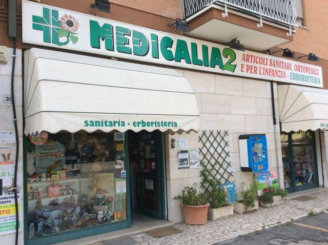 medicalia erboristeria sanitaria insegna farmacia