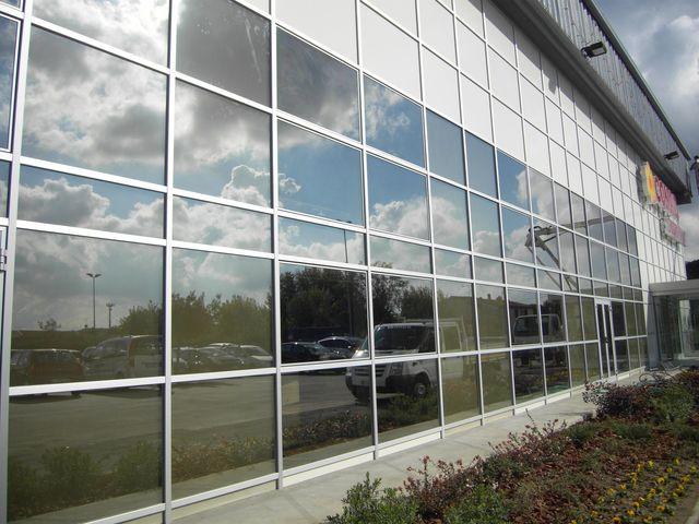 facciata edificio aziendale