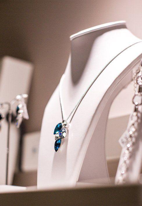 la qualità e la bellezza dei gioielli Mangata a un prezzo contenuto e competitivo così questo braccialetto può essere per Lei