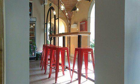 Interno della Pizzeria Il Pomodorino  a Pisa