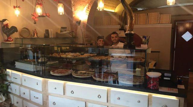 pizzeria e ristorante, chef e pizzaiolo a Ponsacco, TO