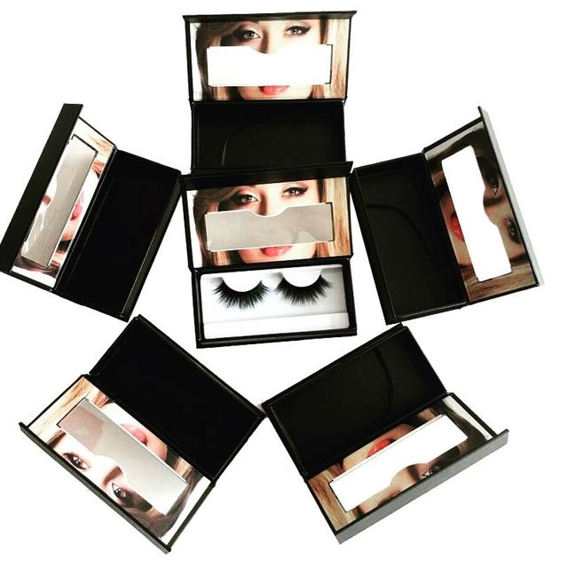 packages of mink fur eyelashes from house of lorrie