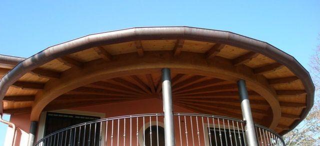 Casetta e copriauto in legno