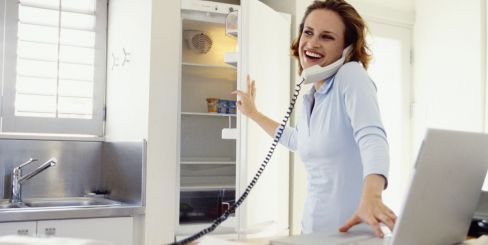 Woman contacts plumbers in Anchorage, AK