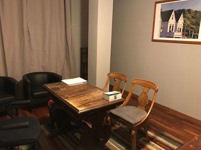 interno di studio di uno psichiatra