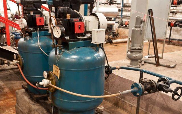 Automotive fuel tanks