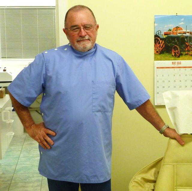 Dentures expert in a Nelson denture clinic