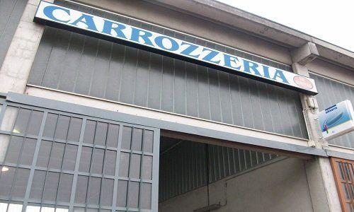 l'insegna Carrozzeria