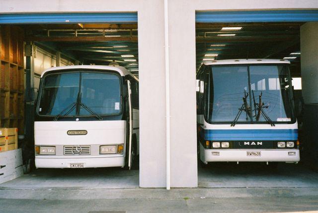 Coach hire garage in North Island