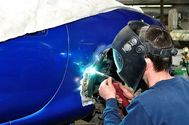 what the i car certification means for auto body work technicians scott 39 s auto body. Black Bedroom Furniture Sets. Home Design Ideas