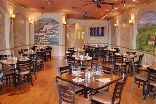 Family Style Italian Restaurant In Edison Café Gallo S Dining Room Serves Up Both A Traditional Ala Carte Menu And New Offering Great