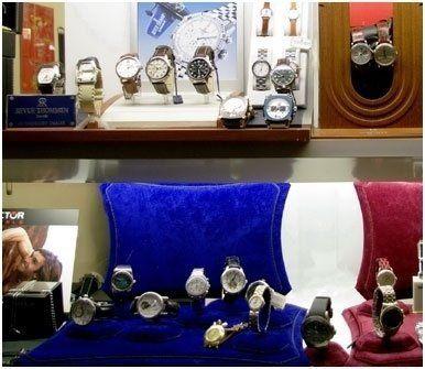 vendita orologi moderni