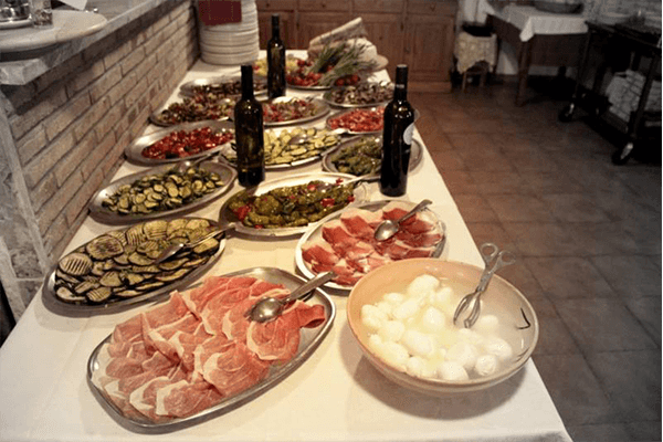 salumi vino e verdure