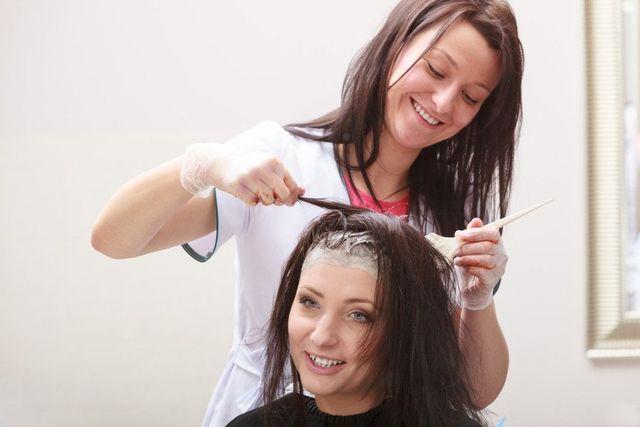 ladies hair dressing