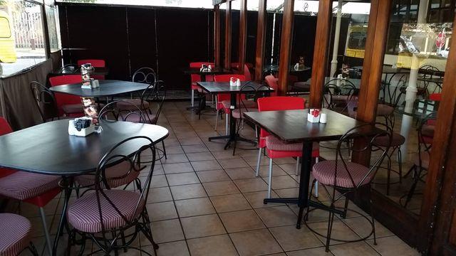 Cafe Brugel Inside
