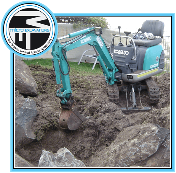 550 mm blue green excavator