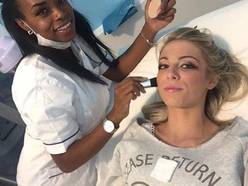 cliente durante un trattamento di bellezza