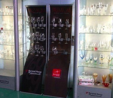 bicchieri di vetro, forniture di bicchieri, bicchieri all'ingrosso