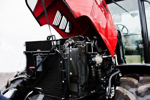 Trattore aperto, vista del motore