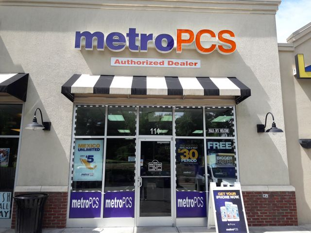 Beatties Ford Charlotte NC Metro PCS Authorized Dealer