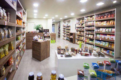 Interno del negozio Bioalimenti San Luigi San Benedetto Po