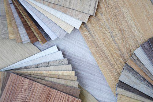pannelli in legno di diverso colore