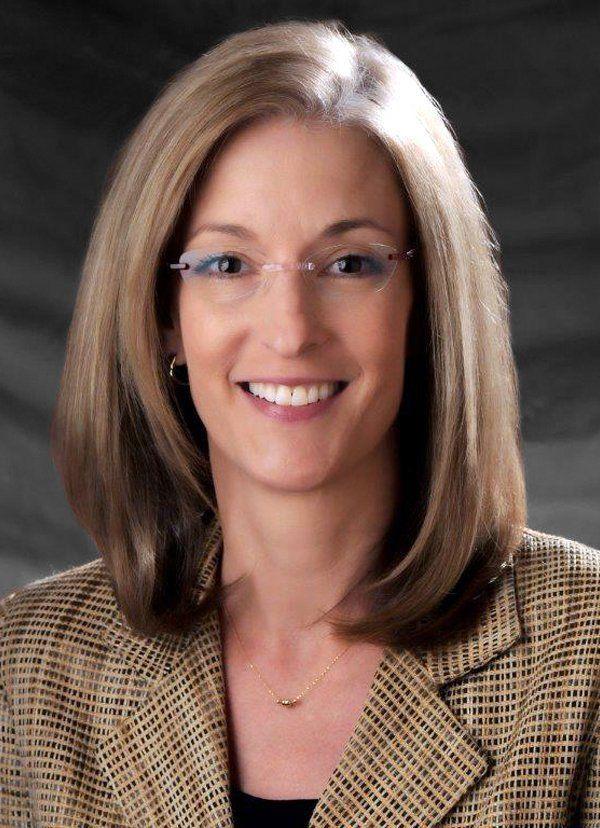 Hilary Barnes, Phoenix Bankruptcy Lawyer