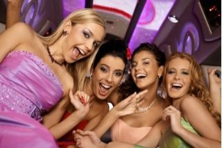 girls bachelor party in limousine picture