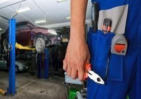 Riparazione veicoli incidentati assistenza stradale h24