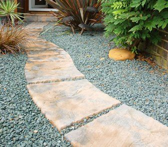 An aggregate and flagstone garden path