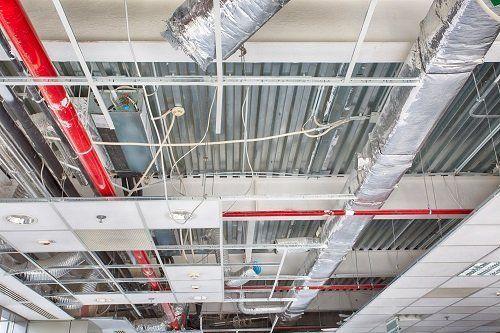 soffitto in fase di restaurazione