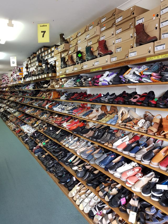 5dcccb8e57a Bay Bargain Shoes - Batemans Bay - Home