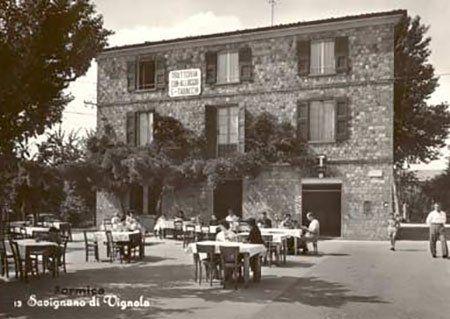 Antica foto in bianco e nero del ristorante