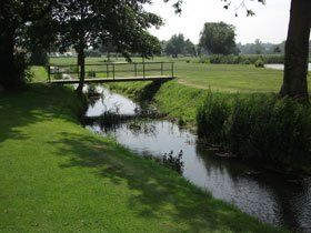 Caravan campsite - Norwich - Marsh Farm Caravan Site and Fishing Park - Bridge