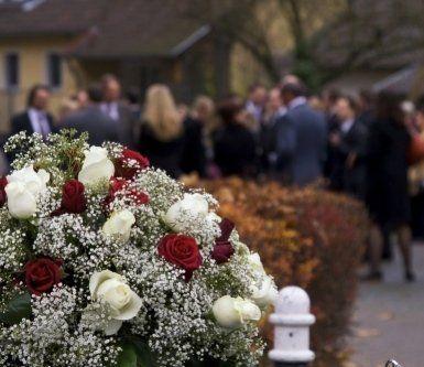 Onoranze funebri, articoli funerari, addobbi funerari