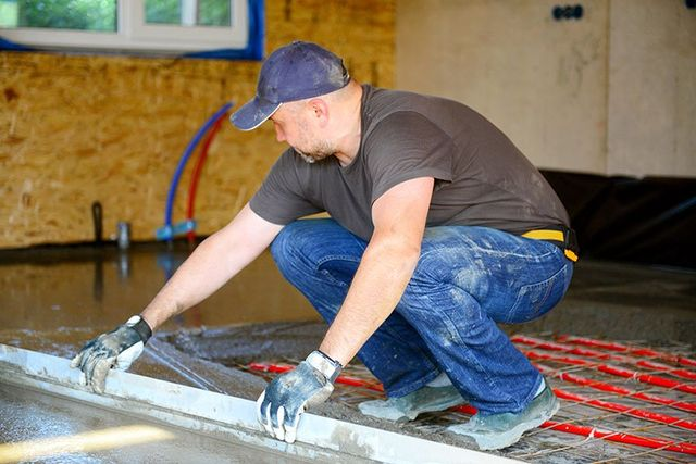 pouring concrete floor by our experts