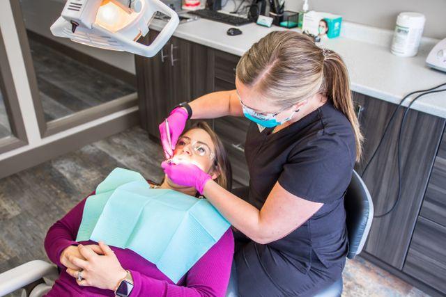 Dental Cleaning, teeth cleaning, River Rock Dental Hygiene, Barrie Ontario
