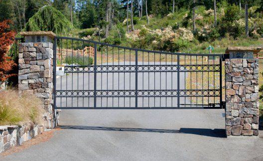 Residental Gate - Gate installation in Ventura, CA