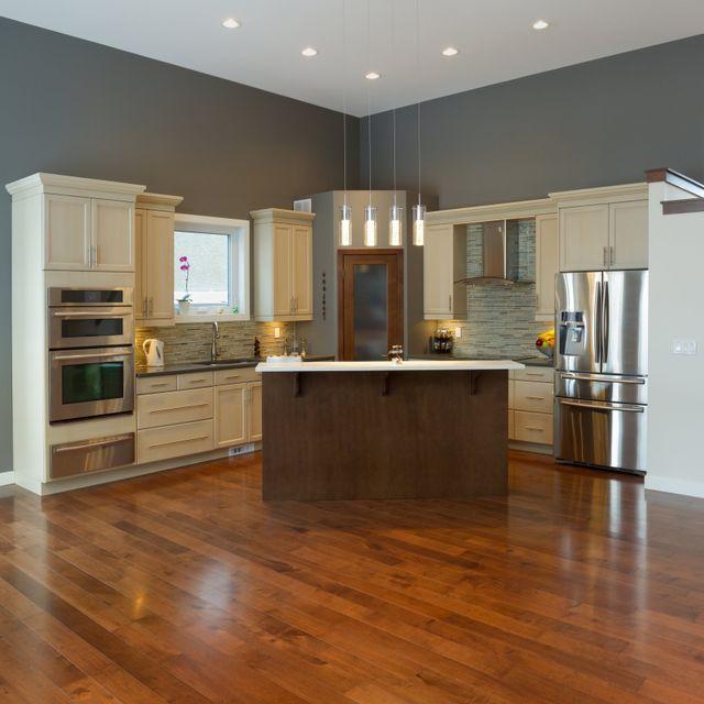 Etonnant Kitchen Engineered Hardwood Flooring U2014 Beautiful Hardwood Kitchen In Luxury  Home In West Virginia