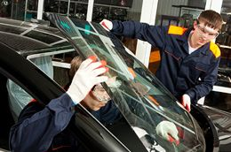 Auto glass specialists in Houston, TX