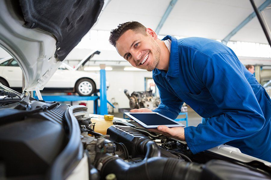 TIPS FOR FINDING A TRUSTWORTHY AUTO MECHANIC