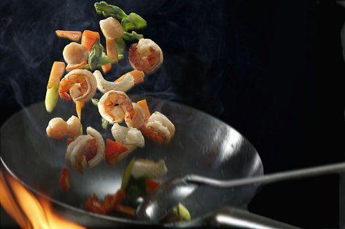 gamberi saltati al wok