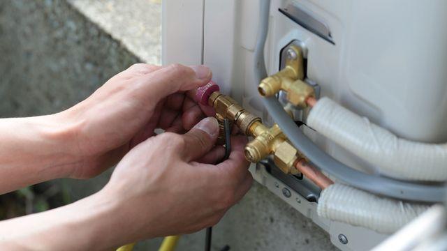 Air conditioner installation and repair