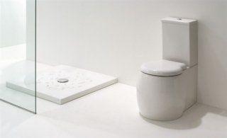 Inodore bianco a forma di bidone