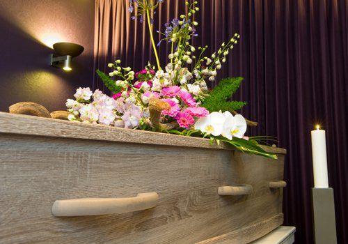 addobbi funebri presso Giardino Fiorito onoranze funebri a Noicattaro
