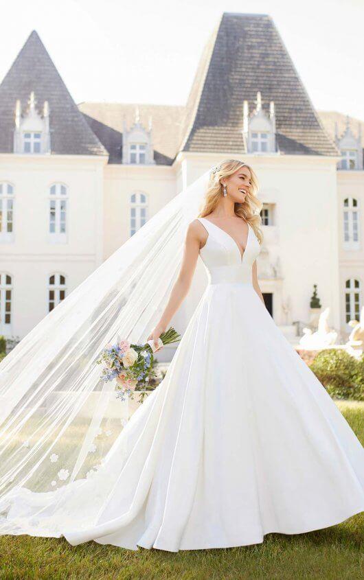 0d8c6b38e63 Royal Inspired Simple Wedding Dress 6758