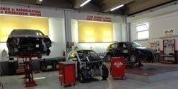 auto in riparazione